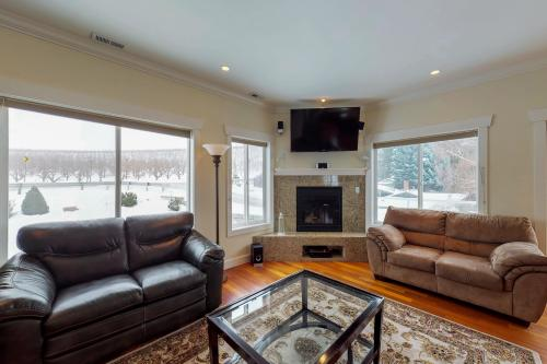 Lakeview Lodge -  Vacation Rental - Photo 1