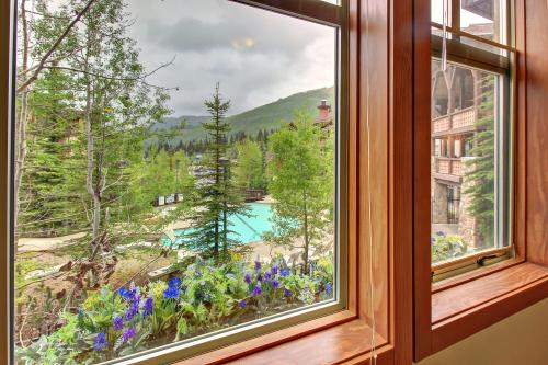 Eagle Springs East 201: Horsetail Suite - Solitude, UT Vacation Rental