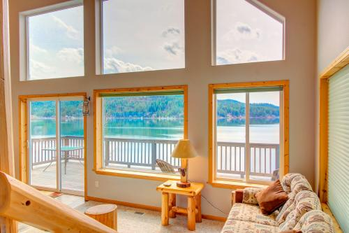 Beautiful Lake Coeur d'Alene Cabin On The Bay -  Vacation Rental - Photo 1