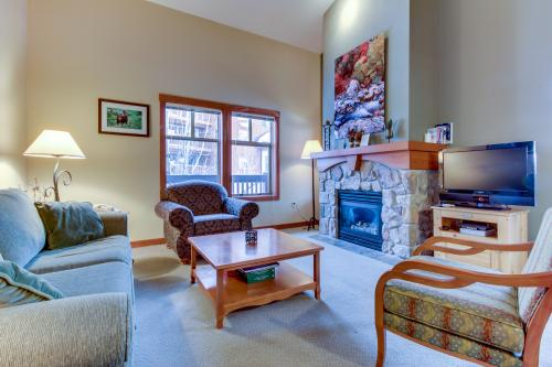 Eagle Springs East 302: Boxelder Suite -  Vacation Rental - Photo 1