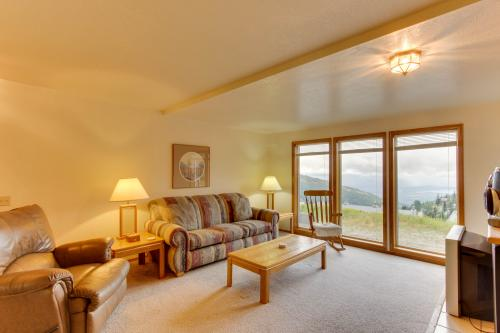 Starpoint Getaway - Sandpoint Vacation Rental - Photo 1