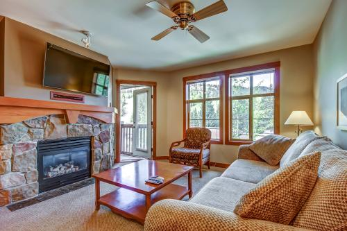 Eagle Springs West 403: Blackbird Suite  -  Vacation Rental - Photo 1