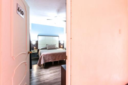 Hotel Costa Marfil Prat 410 -  Vacation Rental - Photo 1