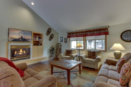 1 Landrise -  Vacation Rental - Photo 1