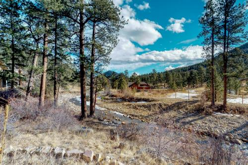 On The River  - Estes Park, CO Vacation Rental