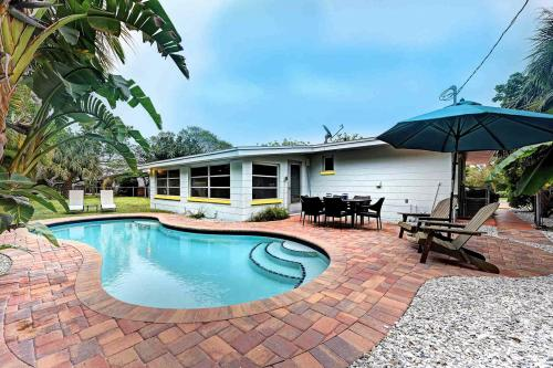 Island Nestaway - Holmes Beach, FL Vacation Rental