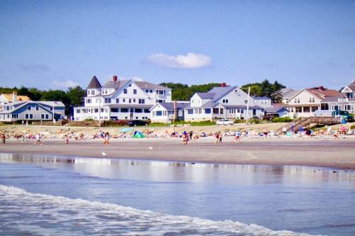Surfside -  Vacation Rental - Photo 1