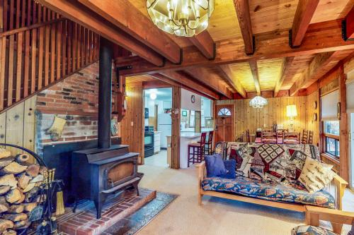 Picture Perfect Chalet -  Vacation Rental - Photo 1