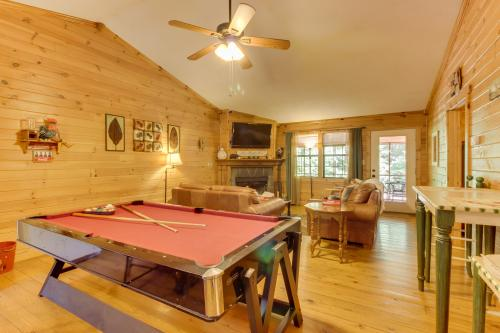 Lazy Acres Cabin - Sautee Nacoochee, GA Vacation Rental