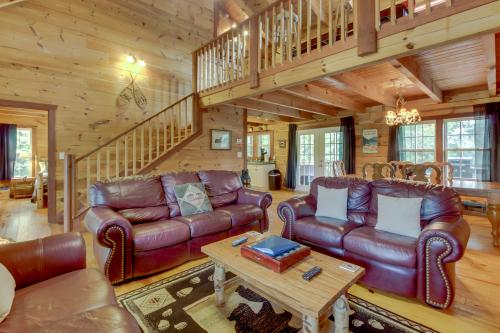 The Mountain Breeze Cabin - Sautee Nacoochee, GA Vacation Rental