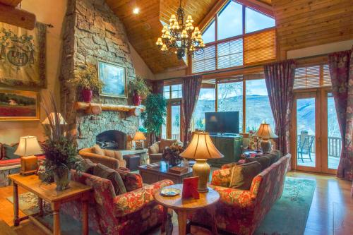 Holden's Ski Chalet -  Vacation Rental - Photo 1