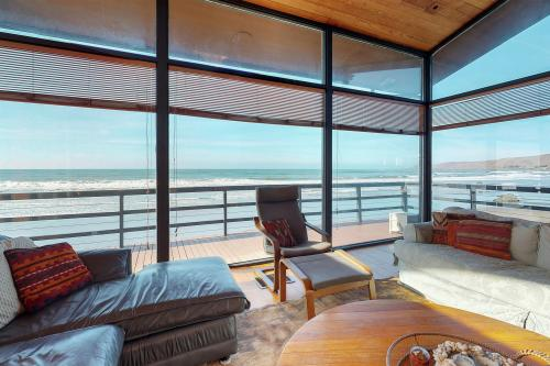 Touching the Surf and the Sand - Cayucos, CA Vacation Rental