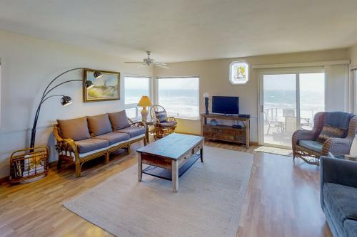 Seaside Serenade - Cayucos, CA Vacation Rental