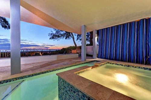 Wine Down  - Holmes Beach, FL Vacation Rental