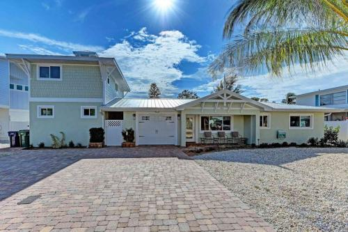 Living the Dream - Anna Maria, FL Vacation Rental