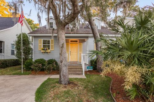 St. Simons Pearl -  Vacation Rental - Photo 1