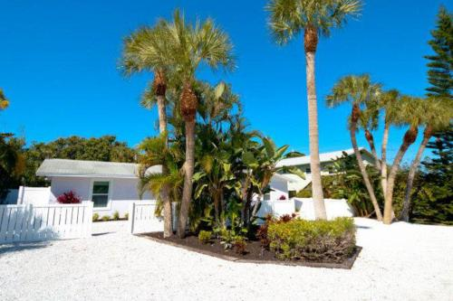 Sugar Plum Hideaway West -  Vacation Rental - Photo 1