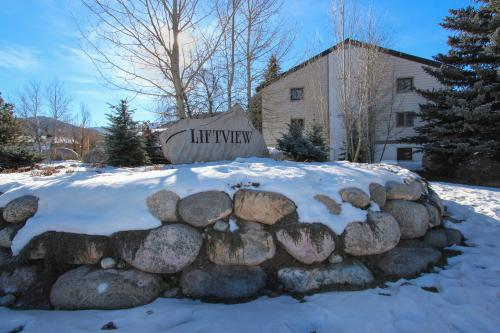 Liftview Mountain Condo - Avon Vacation Rental