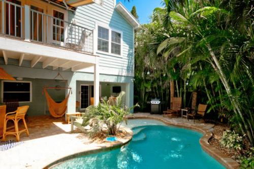 Summer Breeze -  Vacation Rental - Photo 1