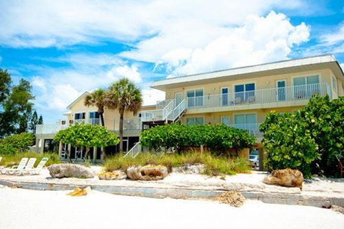 Beach House Resort - Bradenton Beach, FL Vacation Rental