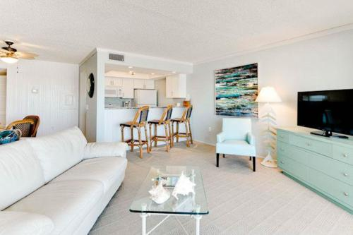 Sunset Terrace 206 - Bradenton Beach, FL Vacation Rental
