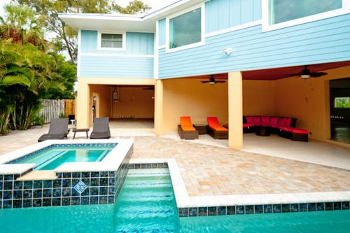 Beachy Blue - Holmes Beach, FL Vacation Rental