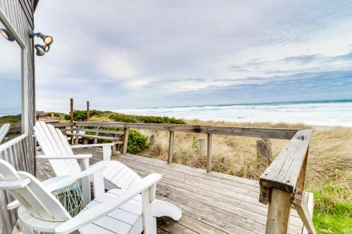 Whalewatcher  -  Vacation Rental - Photo 1