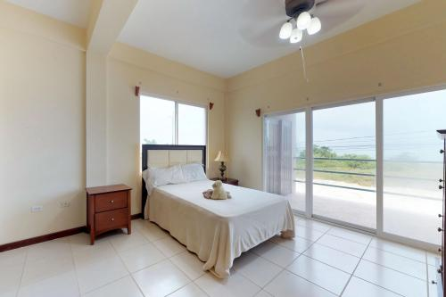 Suite C201 @ Mara Laguna - San Pedro, Belize Vacation Rental