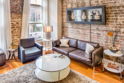 Savannah Chic - Savannah, GA Vacation Rental