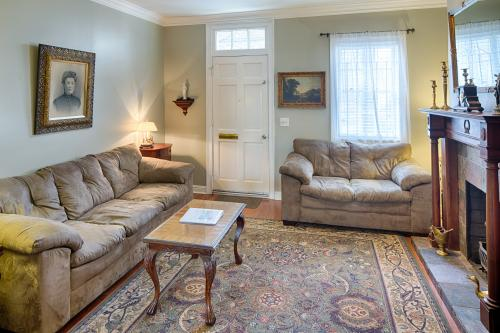 Savannah Lark - Savannah, GA Vacation Rental