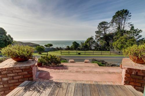 Hilton House - Gualala, CA Vacation Rental