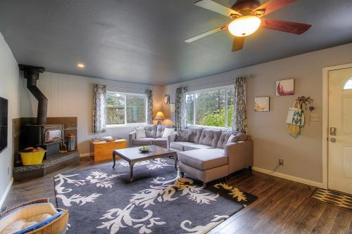The Wright Cottage - Guerneville, CA Vacation Rental