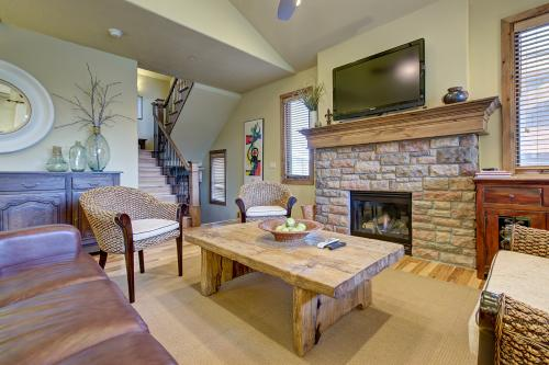 Slopes and Shores Deer Valley -  Vacation Rental - Photo 1
