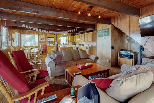 Bear Mountain Chalet -  Vacation Rental - Photo 1