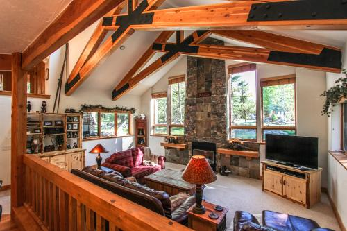 Reserve Retreat -  Vacation Rental - Photo 1
