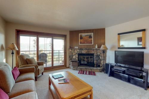 Buffalo Village 204 - Silverthorne, CO Vacation Rental