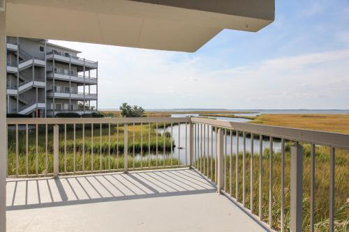 Triton's Trumpet Treat -  Vacation Rental - Photo 1