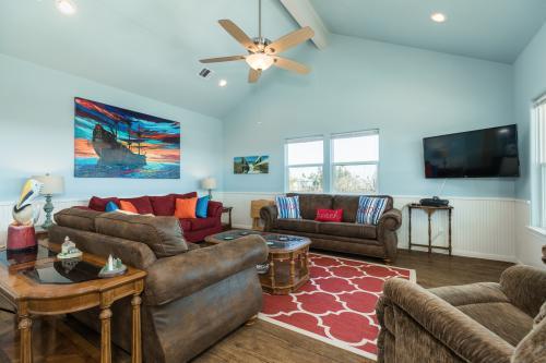 Paradise Haven 2 - Crystal Beach, TX Vacation Rental