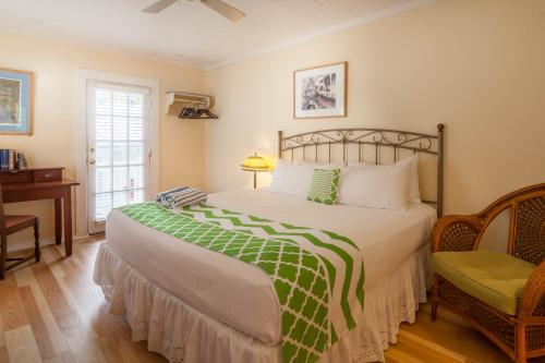 Writer's King Room - Key West, FL Vacation Rental