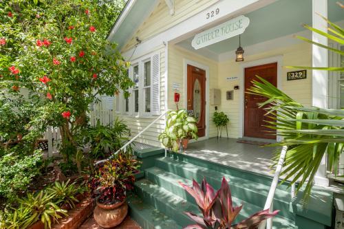 Hibiscus Room - Key West, FL Vacation Rental
