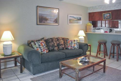 Leeward Cove B4 -  Vacation Rental - Photo 1