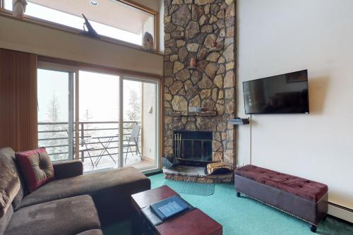 Buffalo Village 402 - Silverthorne, CO Vacation Rental