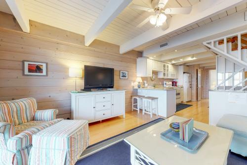 Spacious Beachfront Home -  Vacation Rental - Photo 1