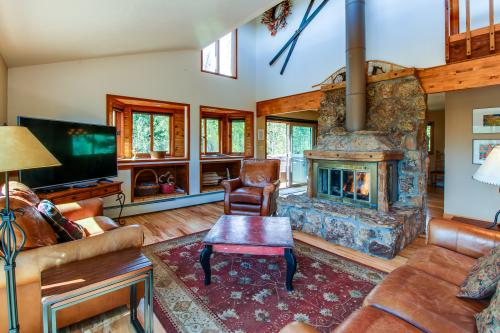 Miner's Reward -  Vacation Rental - Photo 1