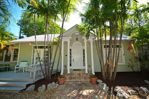 Toon Hall - Tropical Village - Key West, FL Vacation Rental