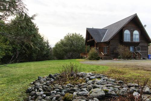 Rogue River Retreat - Gold Beach, OR Vacation Rental