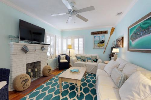A Pirate's Cove -  Vacation Rental - Photo 1