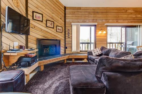 Snow Shoe #3A -  Vacation Rental - Photo 1