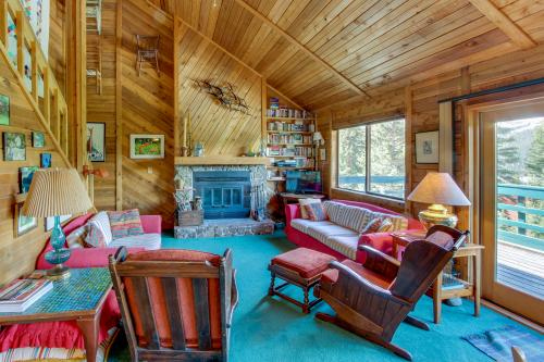 Quandry Mountain Escape -  Vacation Rental - Photo 1