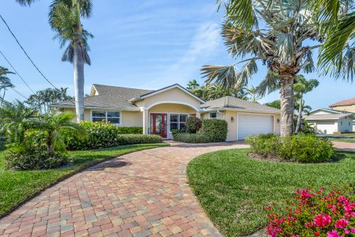 Fisherman's Dream - Fort Myers Beach, FL Vacation Rental